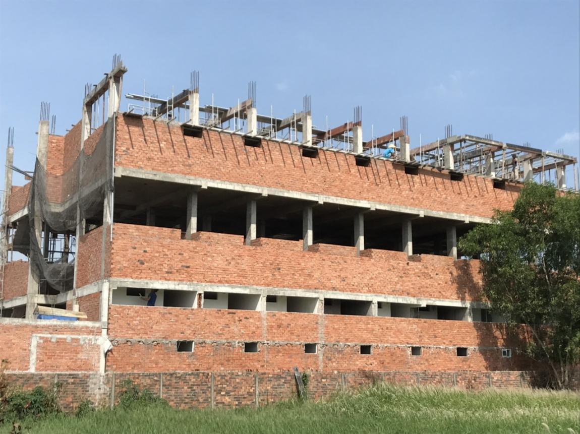 Hiện tại chung cư Mini Tân Đức đã thi công lên tầng 4, dự kiến đến ngày 15/7 dự án sẽ cất nóc và hoàn thiện phần thô.